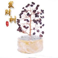 精美天然石榴石树