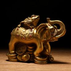 铜制金贵瑞象摆件象上金蟾